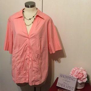 ⭐️3/$24 Lane Bryant pink shirt